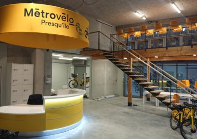 Mezzanine et escalier métal/chêne